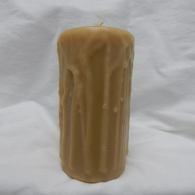 Beeswax Candle - Drizzle Pillar Large Round 7