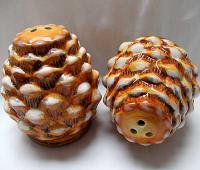 Ceramic Pine Cone Salt Pepper Shakers